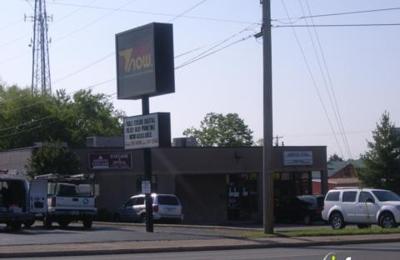 Petway Zandra Dr - Nashville, TN