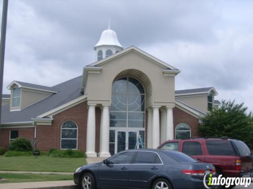 Maples Memorial United Methodist Church - Olive Branch, MS