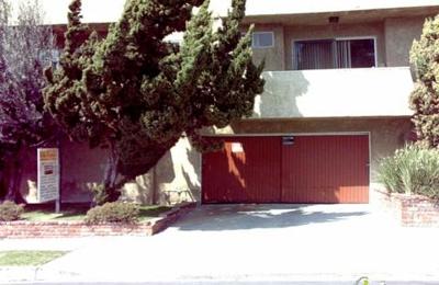 Kat's Sitting - Los Angeles, CA