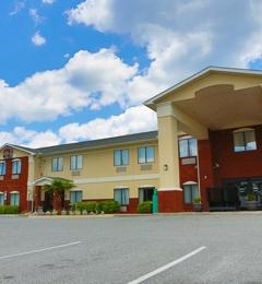 Panhandle Capital Inn & Suites - Midway, FL