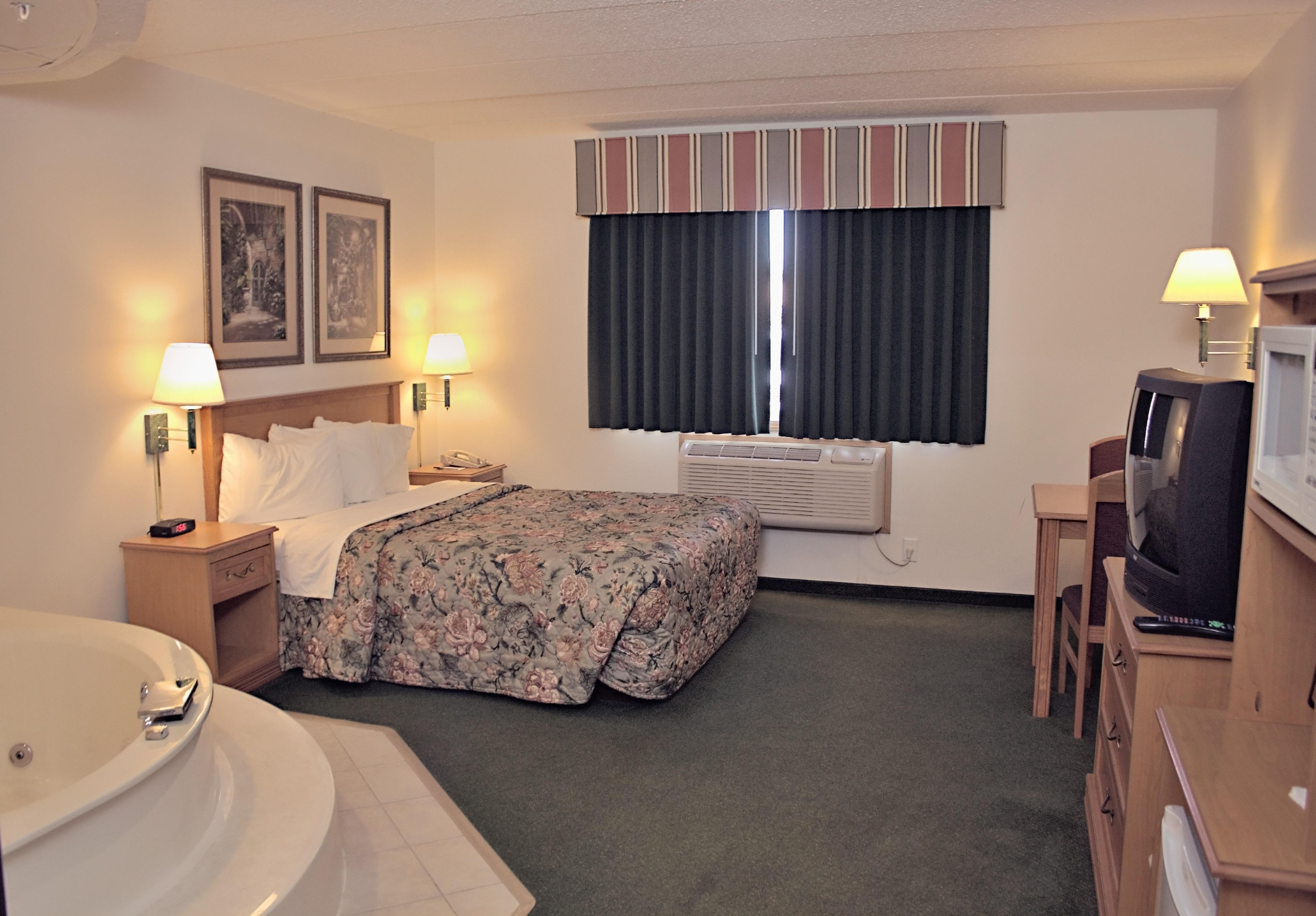 America's Best Inn & Suites, Annandale MN