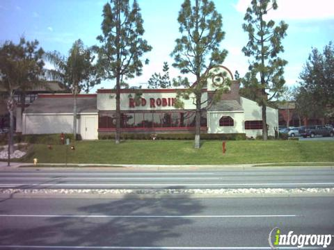 Red Robin Gourmet Burgers, San Dimas CA