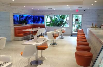 Sportsmen's Lodge Hotel - Studio City, CA. Patio Cafe