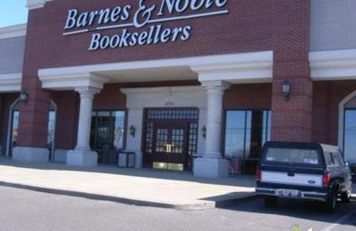 Barnes & Noble Booksellers - Memphis, TN