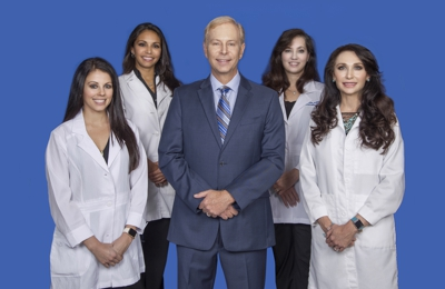 VEIN & COSMETIC CENTER OF TAMPA BAY, Jeffrey A. Hunt, DO, RVS, Medical Director - Tampa, FL. Our V.C. Providers