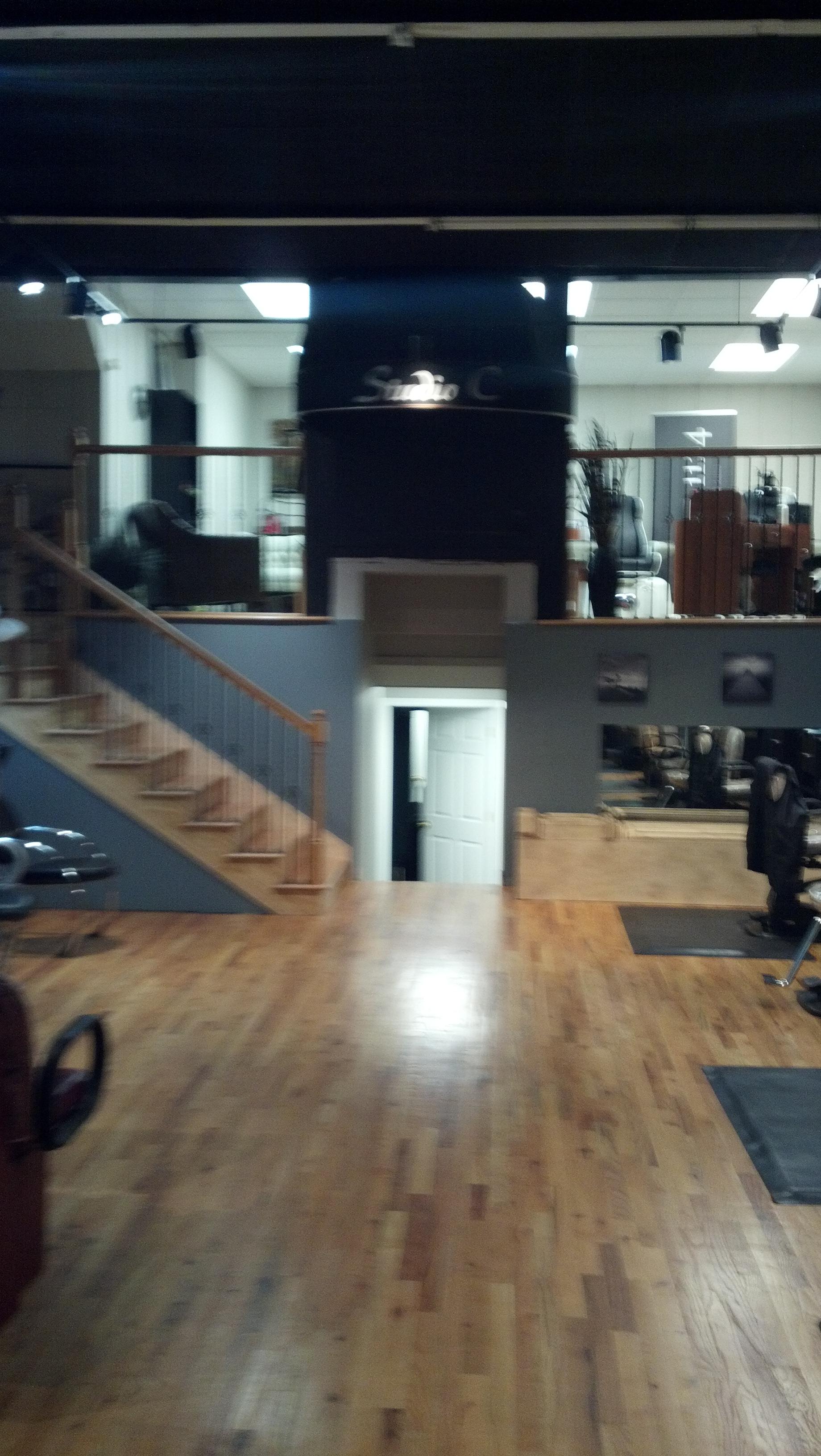 Salon 1124, Radford VA