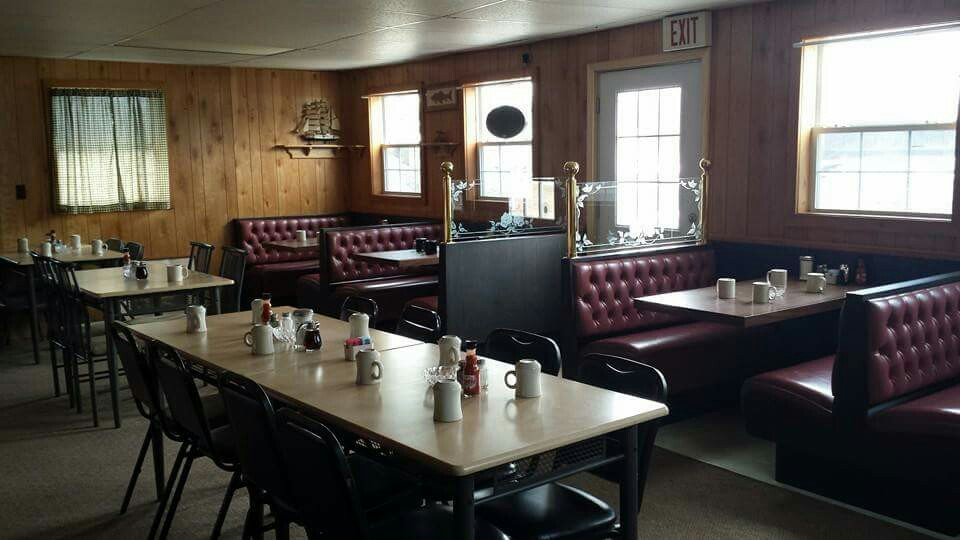 Mels Country Cafe, Wellston MI