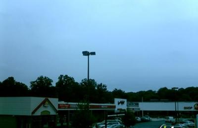 Carney Village Nails - Parkville, MD
