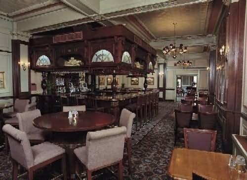 Lafayette Hotel - Gun Room Restaurant, Marietta OH