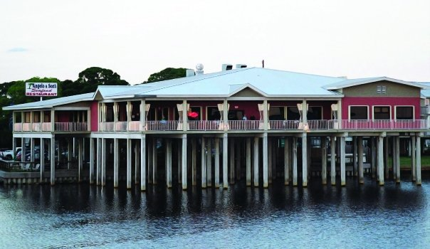 Angelo son 39 s seafood restaurant panacea fl 32346 for Fish restaurants near me now