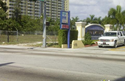 Blue Lagoon Apartments - Miami, FL