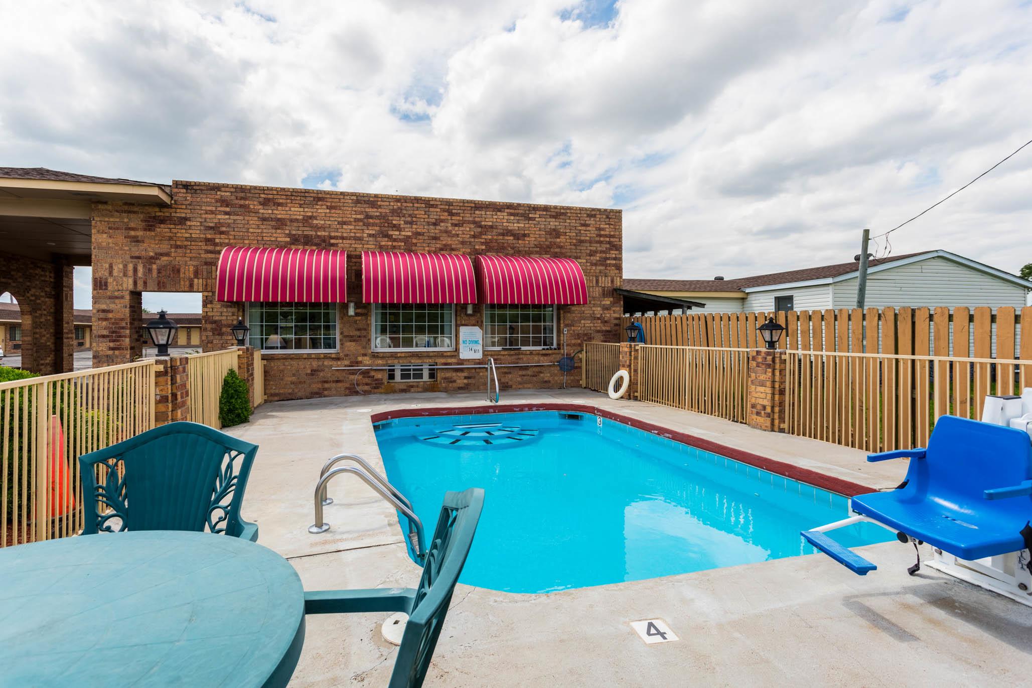 Econo Lodge & Suites, Brinkley AR