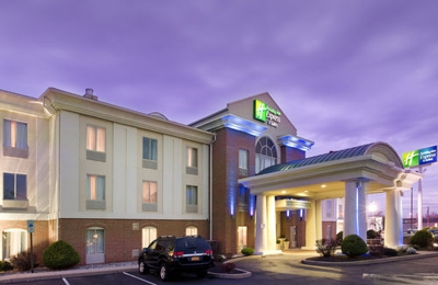 Holiday Inn Express & Suites Chambersburg - Chambersburg, PA