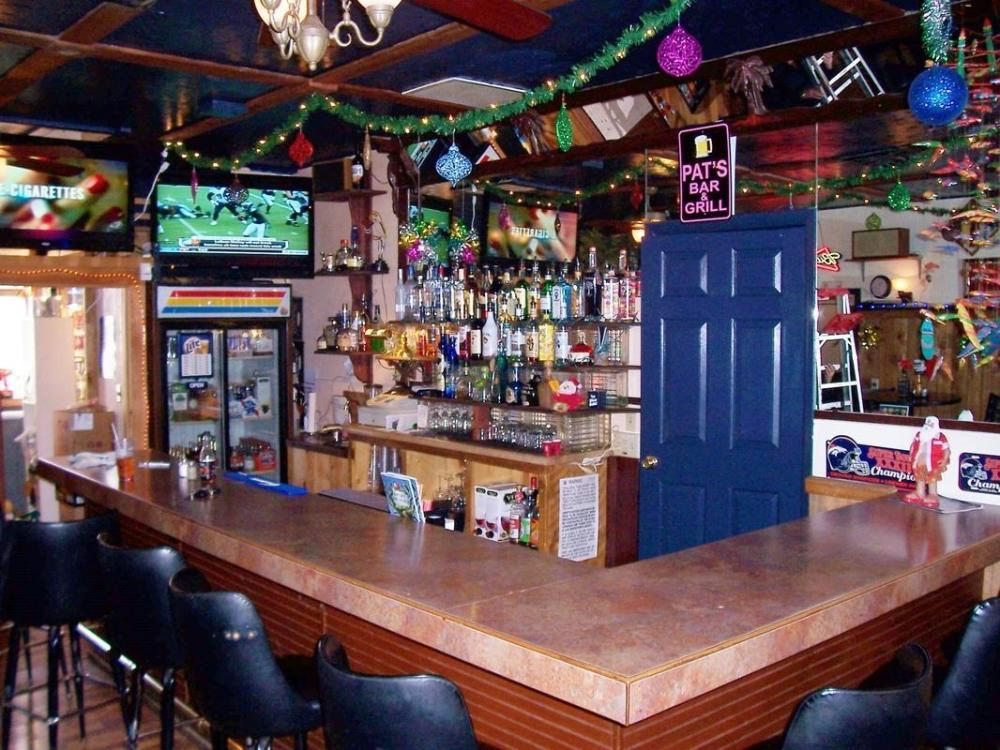 Pat's Bar and Grill, Hotchkiss CO
