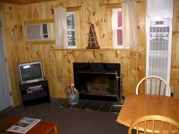 Sun Valley Cottages, Laconia NH