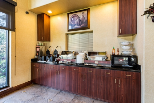 Comfort Suites near NASA - Clear Lake - Webster, TX