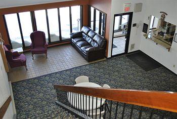 Waconia Inn & Suites, Waconia MN