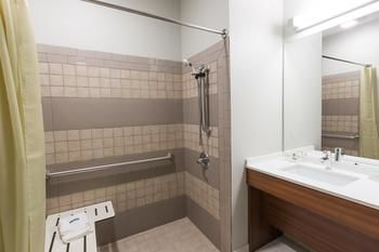 Microtel Inn & Suites by Wyndham Tioga, Tioga ND