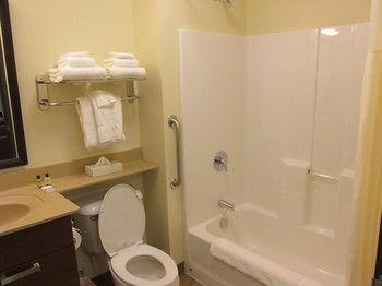 My Place Hotel, Aberdeen SD