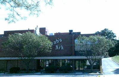 Noah's Ark Restaurant & Lounge - Des Moines, IA