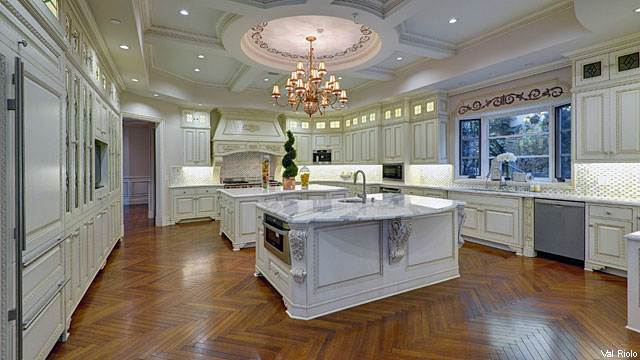 Spectacular Kitchens for Sale