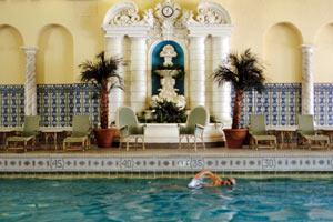 America's Fabulous Hotel Pools - InterContinental Chicago