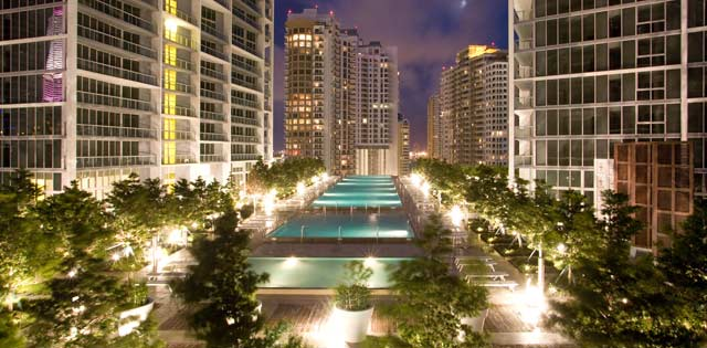 Viceroy Miami Pool Deck