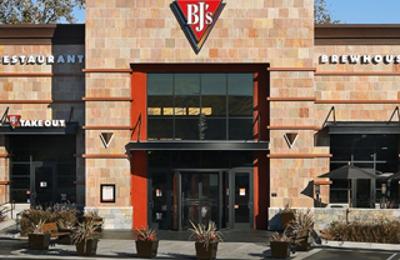 BJ's Restaurants - Redmond, WA