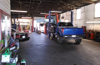 Brentwood Muffler And Auto Repair - Brentwood, CA