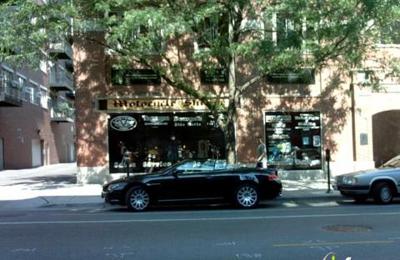 Mama Milano Pizza Bar - Chicago, IL