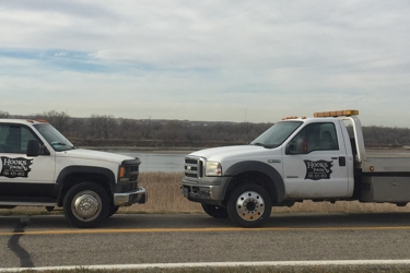 Hook's Towing and Recovery