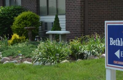 Bethlehem Woods Nursing and Rehabilitation - Fort Wayne, IN
