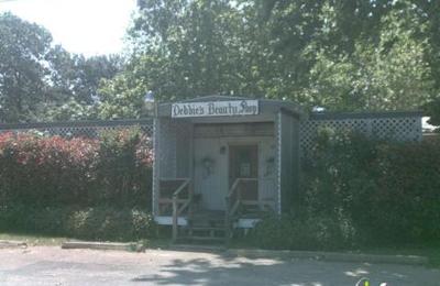 Debbie's Beauty Shop - Spring, TX