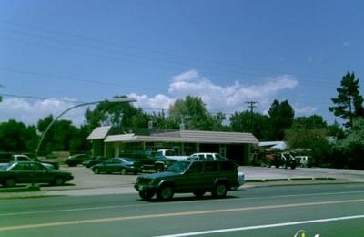 Four Seasons Automotive - Lakewood, CO