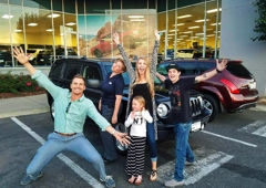 Lithia Ford Lincoln Of Fresno >> Lithia Ford Lincoln Of Fresno Best Plaza Shopping Center