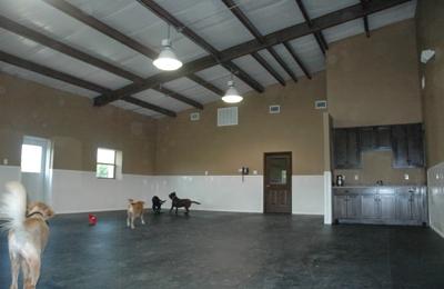 Tailwaggers Country Inn - Van Alstyne, TX