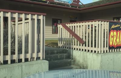 The Tub House & Tanning - Wasilla, AK