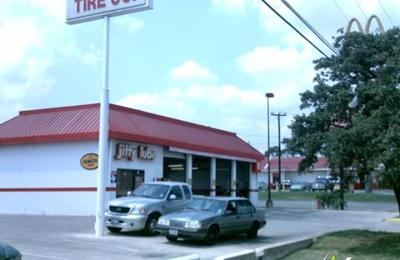 Discount Tire - San Antonio, TX