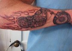 Expressions Tattoo & Body Piercing - Hernando, FL