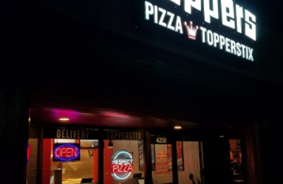 Topper's Pizza - Saint Paul, MN