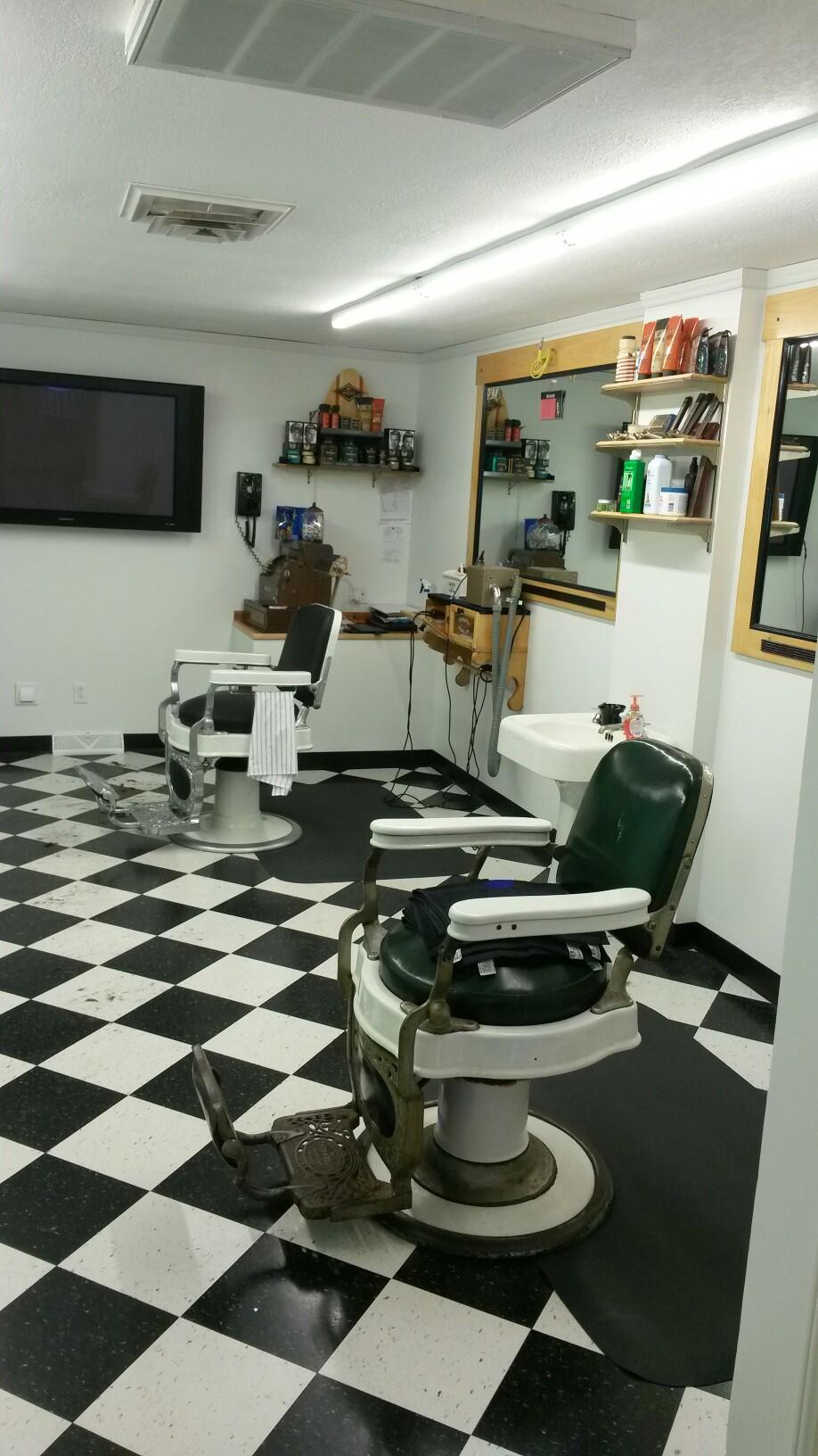Rick'S Barber Shop >> Rick S Barber Shop 120 N Main St Hubbard Oh 44425 Yp Com