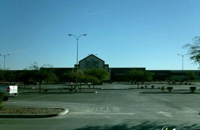 7d161bbbd08fe5 Clarks Outlet 7400 Las Vegas Blvd S