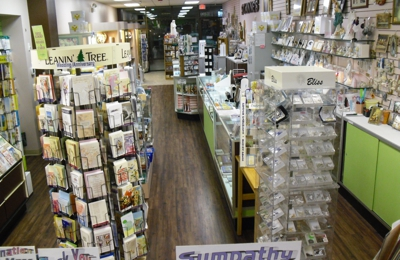 St Anne's Gift Shop Ltd - Orland Park, IL. Great gifts for all occasions