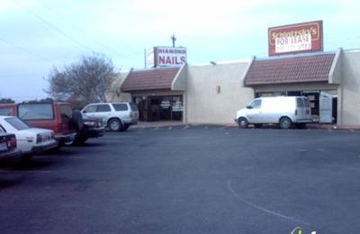 Diamond Nails - Windcrest, TX