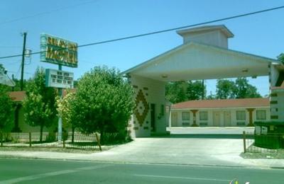The Relax Inn - San Antonio, TX