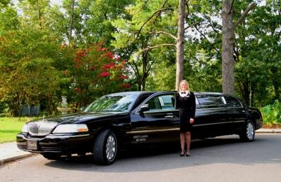 Regal Limousine Service - Benton, KY