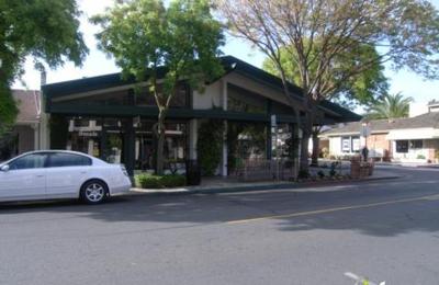 Uncommon Threads - Los Altos, CA