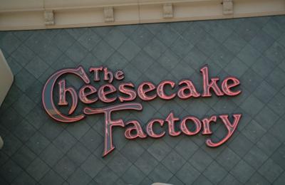 The Cheesecake Factory - Honolulu, HI