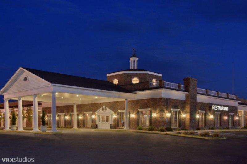 Red Lion Hotel Pocatello 1555 Creek Rd Id 83201 Yp