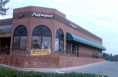 Pizza Hut - Windsor Mill, MD
